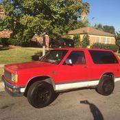1992 Chevrolet S10 Blazer Base Sport Utility 4-Door 4 3L