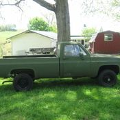 1985 Chevrolet D30 4x4 M1008 Military truck