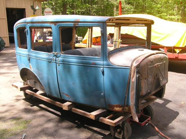1930 Ford Model A Town Sedan ( project car ) 4 door Briggs body with chassis & 1930 Ford Model A Town Sedan ( project car ) 4 door Briggs body ... markmcfarlin.com
