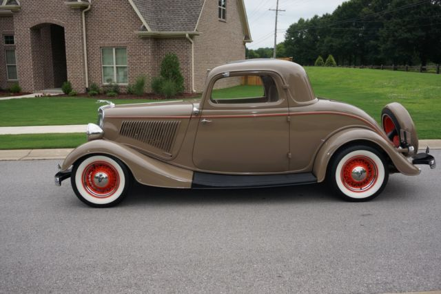 1934 ford 3 window deluxe coupe all henry ford steel for 1934 ford 3 window coupe steel body