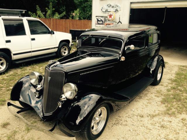 1934 ford chopped 2 door sedan gibbons body 2600 miles for 1934 pontiac 4 door sedan