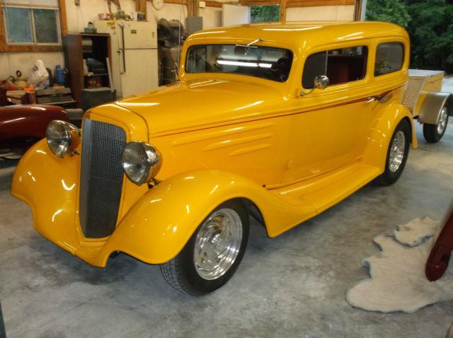 1935 chevy chevrolet 2 door sedan for 1935 chevrolet 4 door sedan