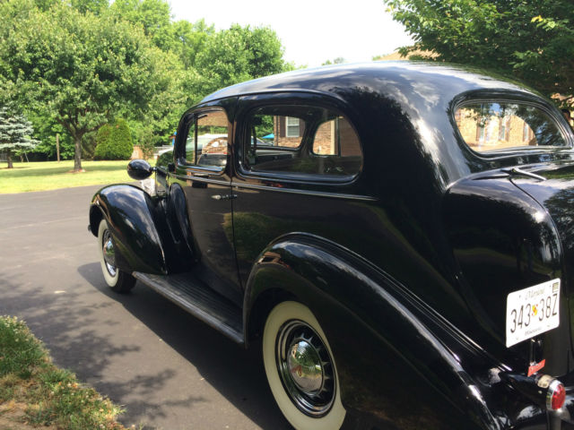 1936 pontiac 2 door sedan for 1936 buick 4 door sedan