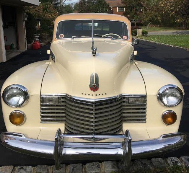 1941 Cadillac Fleetwood Sixty Special Sedan