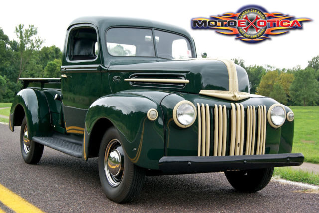 1946-ford-half-ton-pick-up-truck-flat-head-v8-restored-one-family-owned-classic-3.JPG