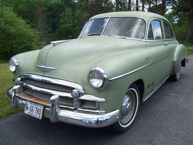 1950 Chevrolet Styleline Deluxe Sedan 4 Door