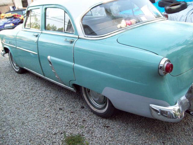 1952 Ford Customline 4 Door Sedan V8 Flathead Fordomatic