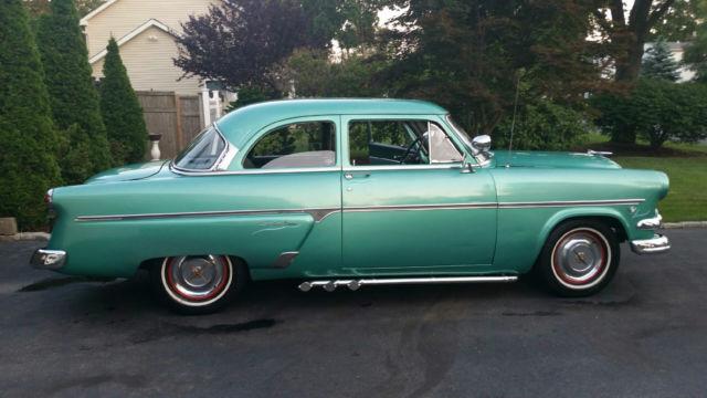 1954 Ford Customline Base 39L