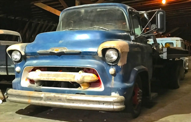 1956 chevrolet snubnose 5 ton rollback tow truck snub nose project. Black Bedroom Furniture Sets. Home Design Ideas