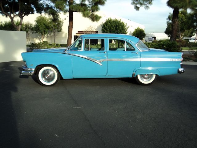 1956 ford fairlane 4 door town sedan