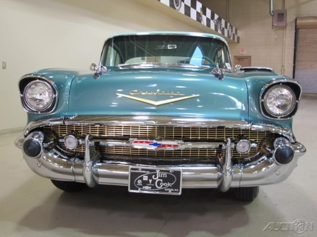 1957 Chevrolet Bel Air 2dr With Continental Kit