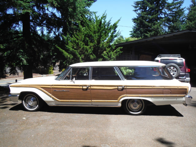 1963 ford country squire 9 person station wagon. Black Bedroom Furniture Sets. Home Design Ideas