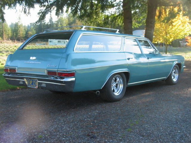 1966 Chevrolet Impala 9 Pass Station Wagon