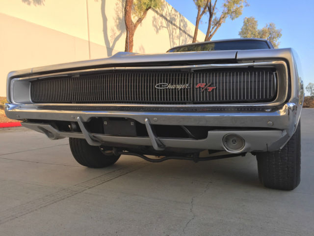 1968 dodge charger r t 440 4spd dana posi rearend 68 69 rt manual 1968 dodge charger r t 440 4spd dana posi rearend 68 69 rt manual silver rare