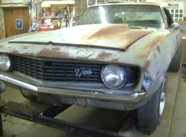 1969 camaro z28 barn find project car x77d80 authenticated 302 4 speed. Black Bedroom Furniture Sets. Home Design Ideas