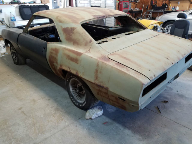 1969 chevrolet camaro project car very solid body rolling chassis no reserve. Black Bedroom Furniture Sets. Home Design Ideas