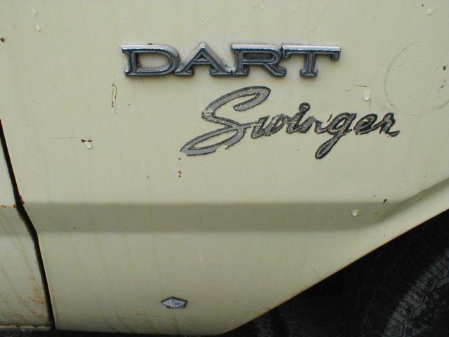 Yellow 1969 dodge swinger are