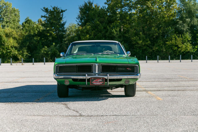 1969 dodge charger r t hemi numbers matching 1 of 1 bright green metallic. Black Bedroom Furniture Sets. Home Design Ideas