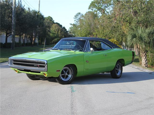 1970 dodge charger r t with six pack. Black Bedroom Furniture Sets. Home Design Ideas