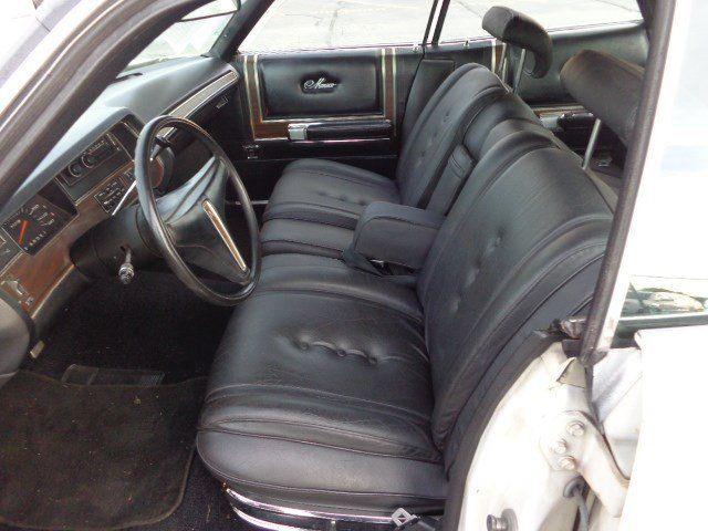 1971 Dodge Monaco Sedan Used V8 automatic Leather White