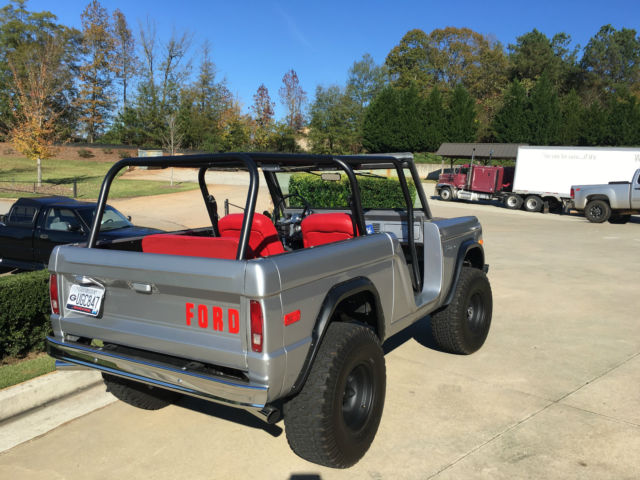 1972 FORD BRONCO RESTORED LIFTED RHINO LINED REBUILT 302 UPGRADES