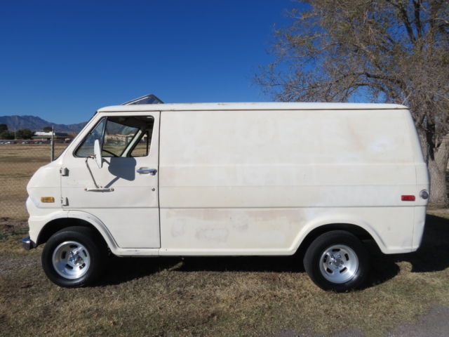 1974 Ford Van Shorty !!! classic van,custom van 70s custom van, Hot