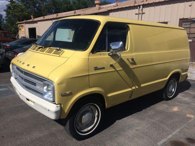1976 Dodge Tradesman B100 Custom Van