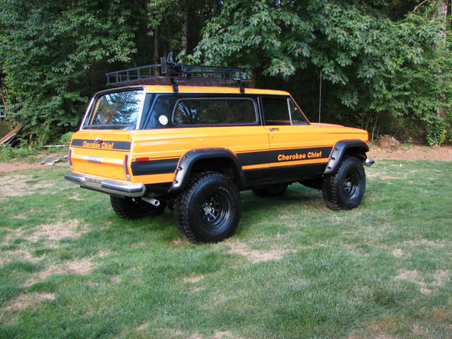 Lifted Jeep Cherokee >> 1977 Jeep Cherokee Chief Sport Wide Track 4x4 Restored Rebuilt Lifted Wagoneer