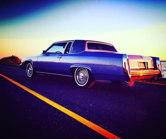 1984 CADILLAC COUPE DEVILLE BEAUTIFUL CAR LOW MILES