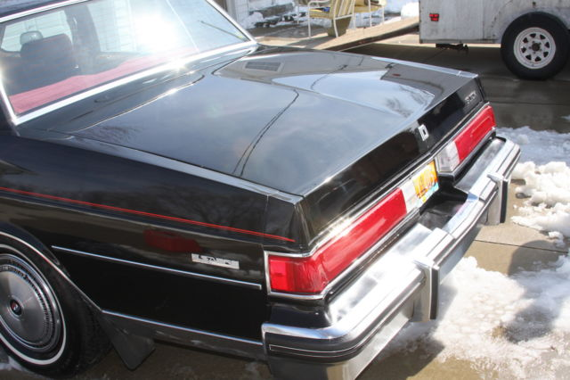 also  moreover Buick Lesabre Collector S Edition Coupe Door L V furthermore  additionally Buick Lesabre Limited Collectors Edition Collector Quality Miles. on 1985 buick lesabre collectors edition