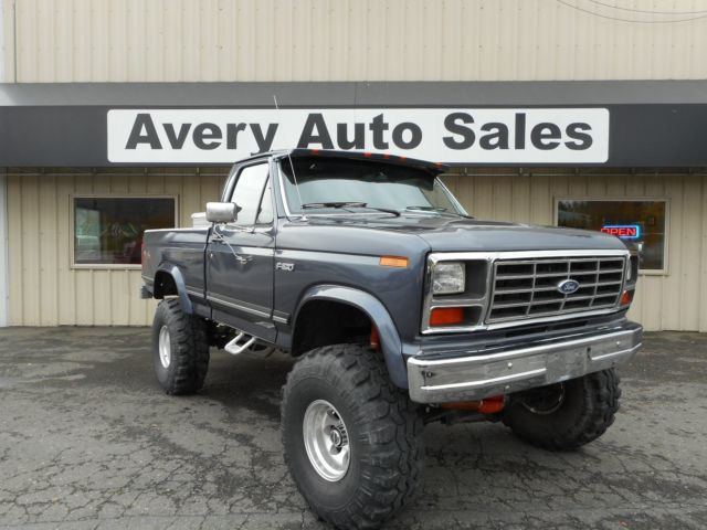 1985 ford f150 4x4 short bed lifted built 351w auto beautiful truck. Black Bedroom Furniture Sets. Home Design Ideas