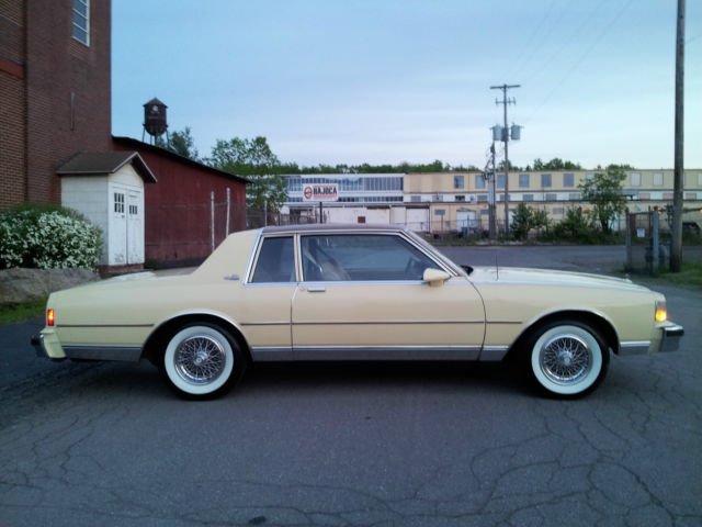 1986 CHEVVROLET CAPRICE CLASSIC LANDAU COUPE / 2DR with ...