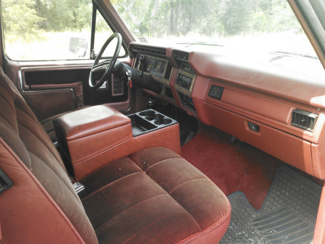 1986 Ford F-150 XLT Lariat Extended Cab Pickup 2-Door 5.8L