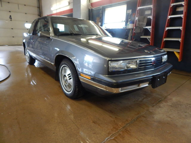 1988 Oldsmobile Cutlass Calais T1248796