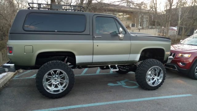 1989 Chevy K5 Blazer Custom Leather Upholstery 383 2k