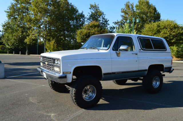"1990 Chevy Blazer K5 Lifted on 35"" tires Rust Free California Truck"