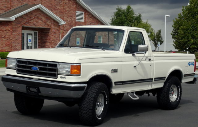 1991 ford f150 4x4 xlt lariat 60 000 original miles rare must see automatic. Black Bedroom Furniture Sets. Home Design Ideas