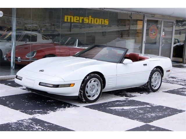 1992 Chevrolet Corvette Convertible White With Red
