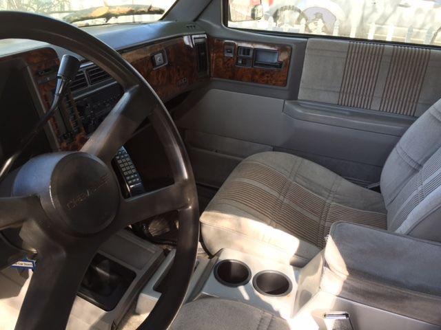 Chevrolet S Blazer Base Sport Utility Door L on 1992 Chevrolet Blazer Interior
