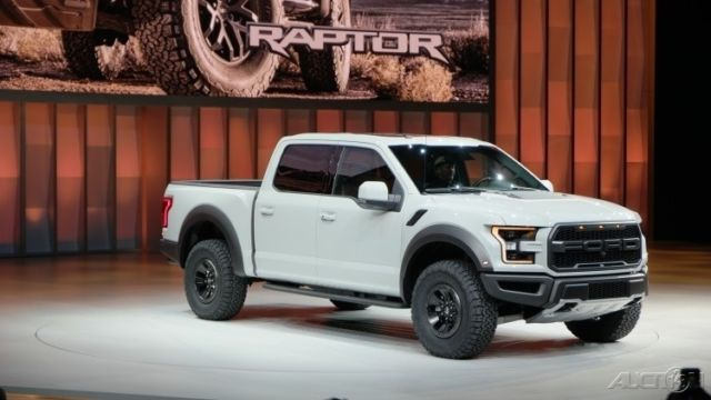 2017 ford f 150 raptor crew cab oxford white 17. Black Bedroom Furniture Sets. Home Design Ideas