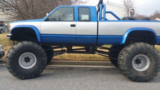 89 Chevy Monster Truck  54 Inch Boggers