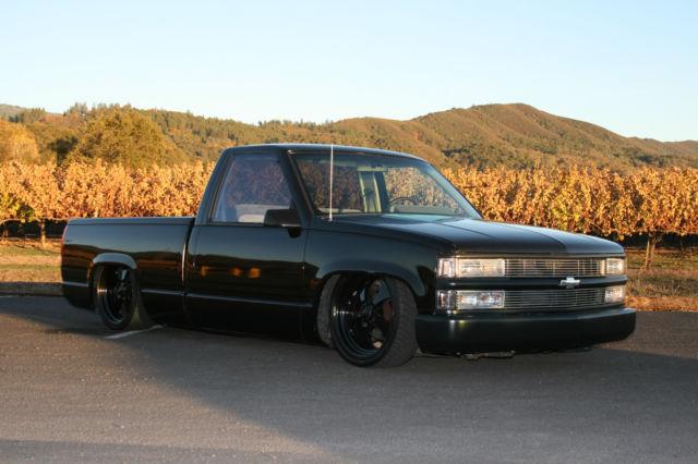 Bagged Accuair 1991 Chevy 1500