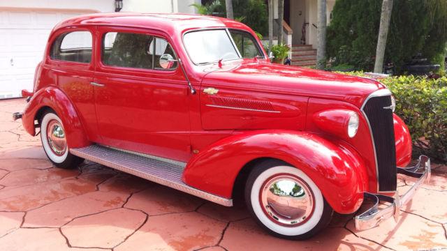 Beautiful 1937 chevrolet master deluxe 2 door sedan hot for 1937 chevy 2 door coupe