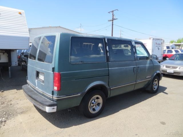 67ce6e2950 C 1990 Chevrolet Astro Used 4.3L V6 12V Automatic NO RESERVE