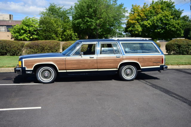 country squire station wagon no reserve estate sale daily driver classic rare. Black Bedroom Furniture Sets. Home Design Ideas