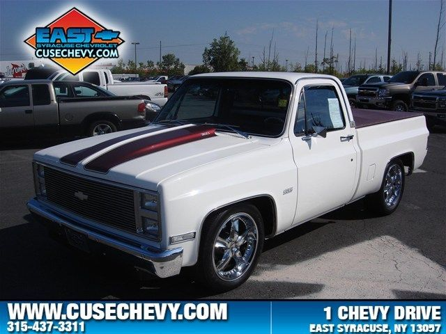 Custom Chevrolet 1986 C10 Truck Automatic Rwd White Chevy 350