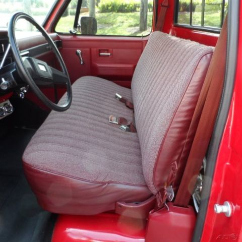Custom Deluxe 86 Chevy C10 350 V8 Shortbed Pickup Muscle