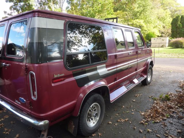 Ford E350 4x4 Quigley Conversion Van Unique Red Pullrite Hitch Camping Sporting