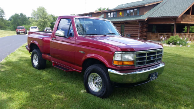 nice clean 1994 ford f150 4x4 5 spd flare side 99 rust free. Black Bedroom Furniture Sets. Home Design Ideas