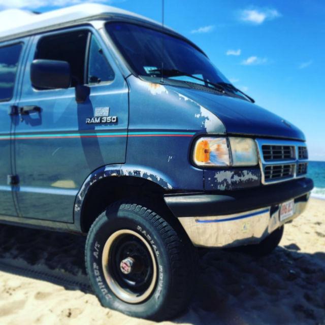 Quigley 4x4 Van, Hightop, 5.2L V8, 1994 Dodge B350, 1Ton